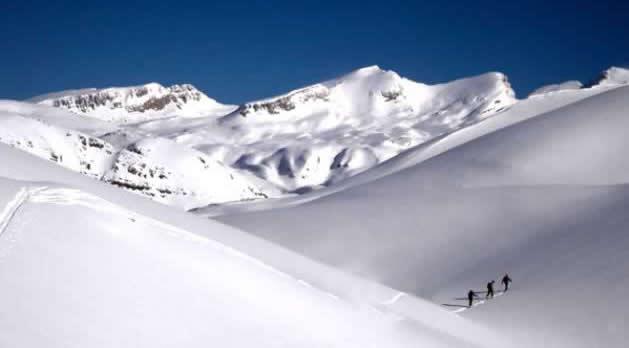 Tzoumerka Ski Tour