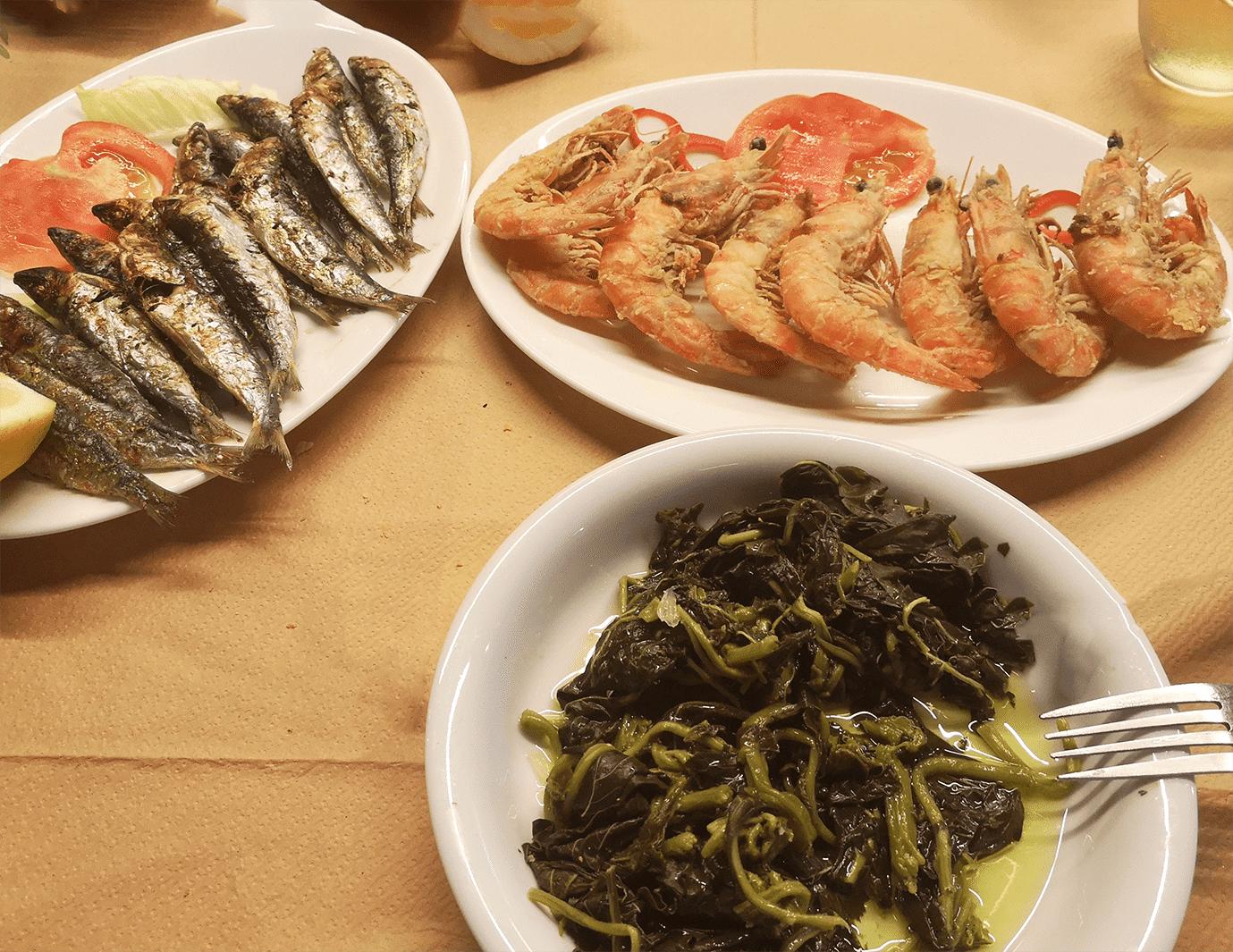 amvrakikos_garides_sardelles-wild vegetables