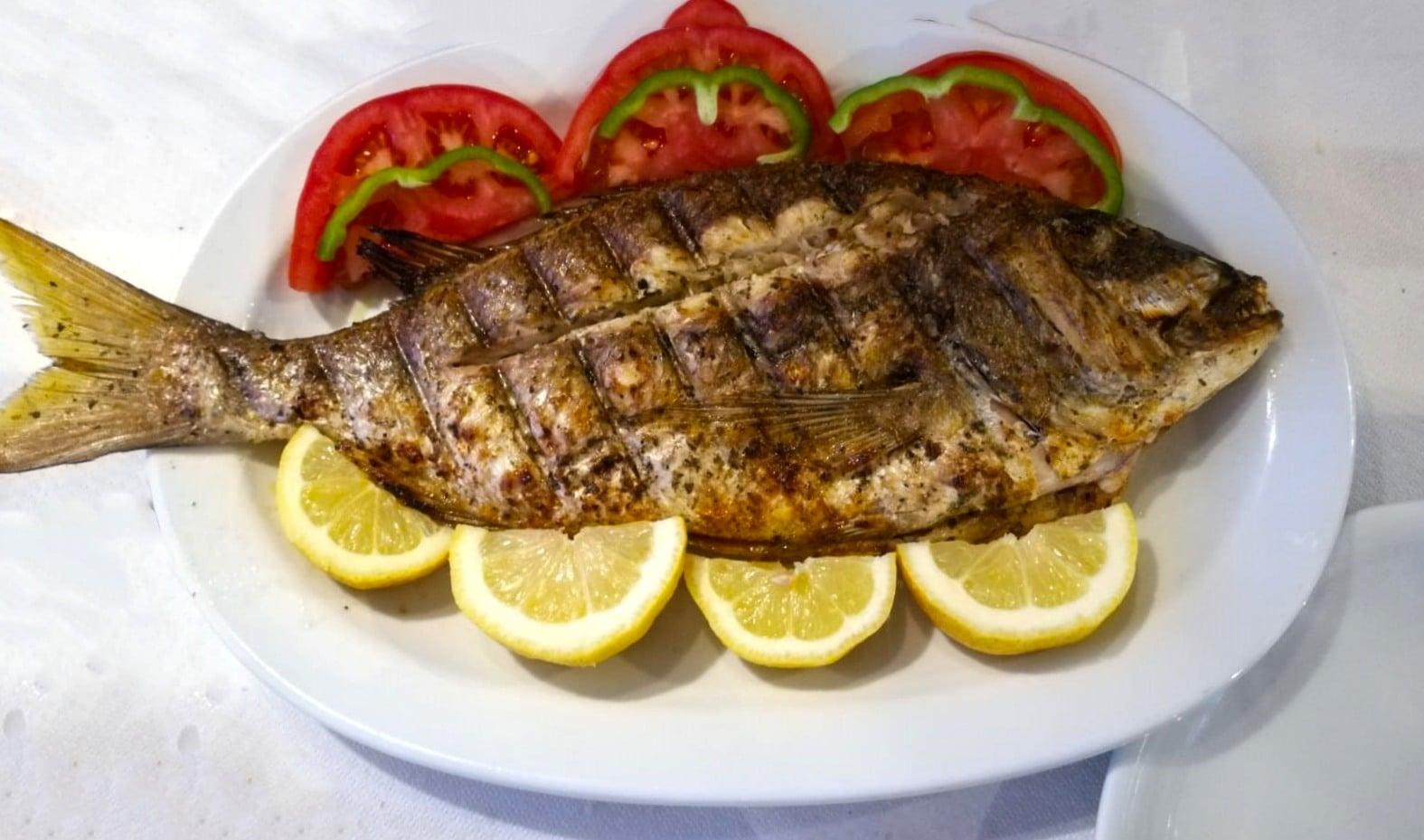 mediteron_grilled-fish-sivota