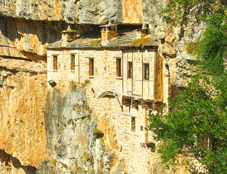 themenreisen-kipina-monastery
